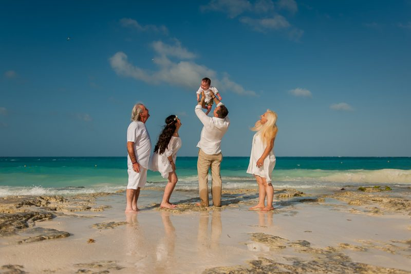 family photo session riu hotel
