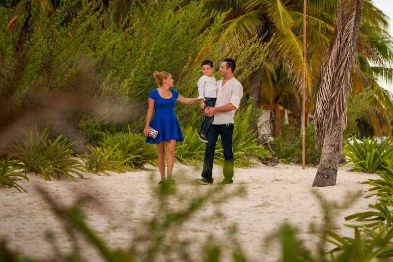 Isla Mujeres Family Photo Session
