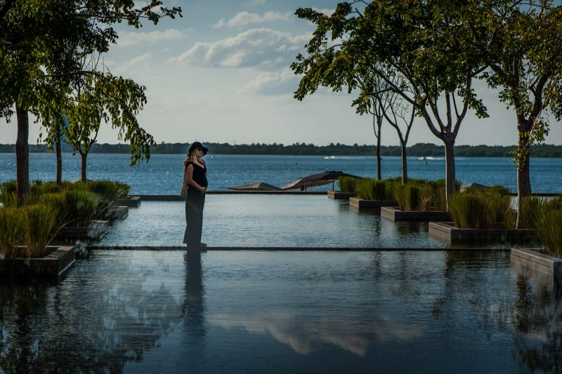 Nizuc Resort & Spa Pregnant Photo Session