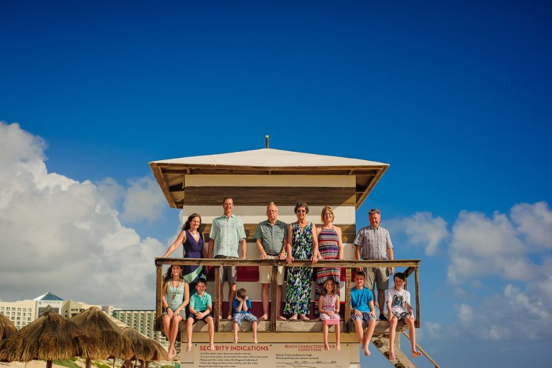 Playa Delfines Family Photo Session