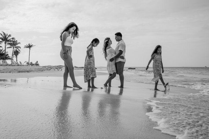 Riu Cancun Family Pictures