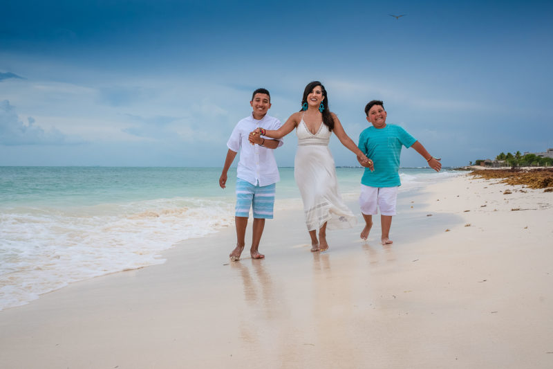 Isla Blanca Family Photo Session