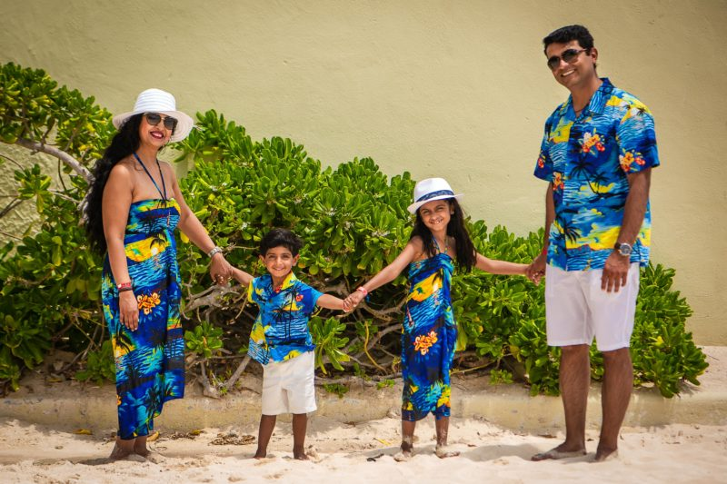 Crown Paradise Family Session
