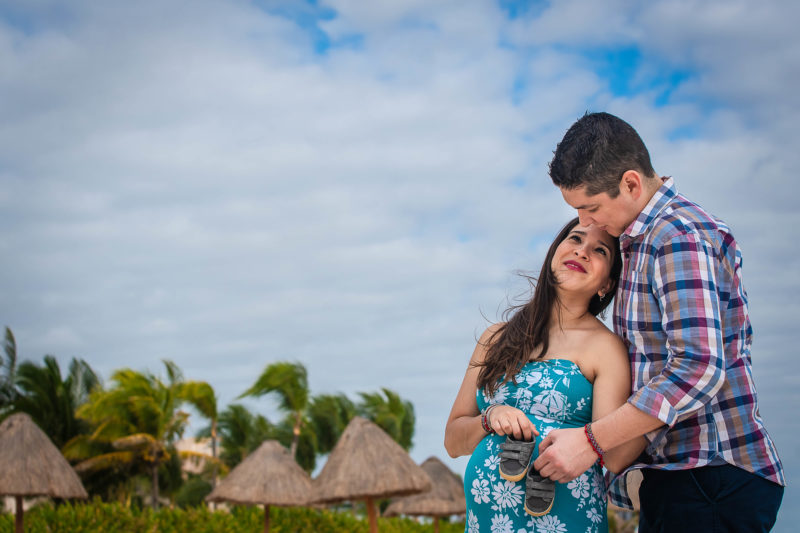 Dreams Cancun Hotel Pregnancy Session